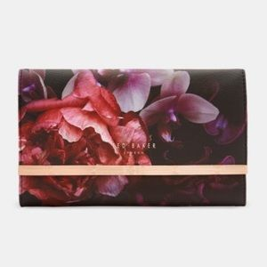 🆕 TED BAKER — Elmaa Floral Travel Jewelry Roll